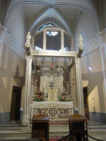 Mercogliano, İtalya: Baldacchino nella Cappella del Santissimo Sacramento