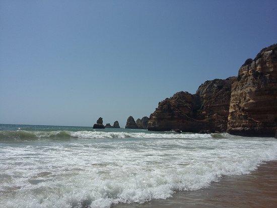 Praia Dona Ana: Subiendo la marea