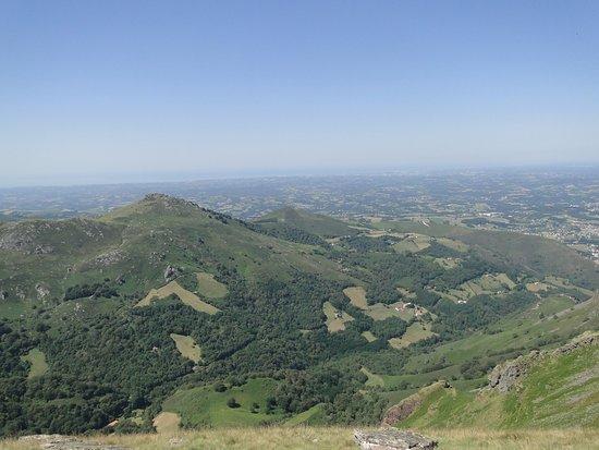 Itxassou, Frankrike: vue sur le pays basque