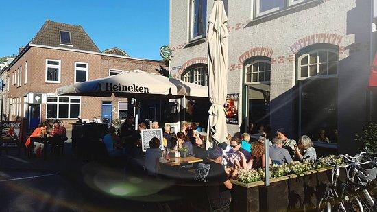 Woerden, Holland: Ons heerlijke terras