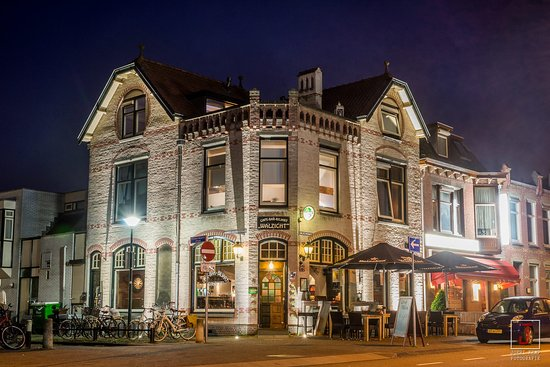 Woerden, Holland: Walzicht in een prachtig monumentaal pand