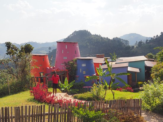 Abacus African Vacations Day Tours : Chameleon Hill Inn.