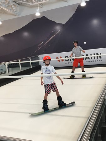 Centennial, CO: Indoor snowboarding