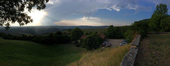 Compeyre, Frankrike: depuis la terrasse