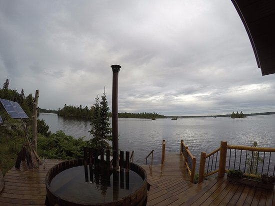 Fort Frances, Canadá: Sauna and Hottub deck