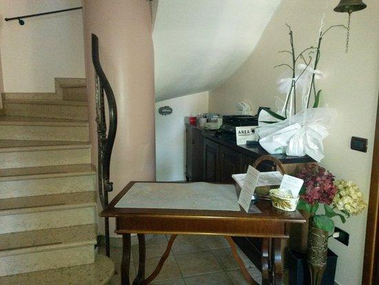 Tessera, Italien: Reception