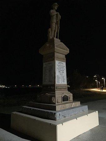 Southport, Australia: Parklands by night
