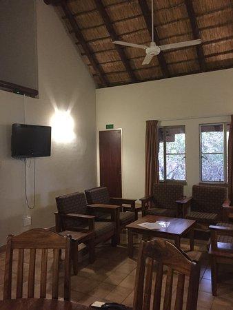 Mopani Rest Camp: Le salon