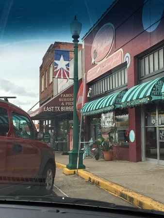 Mineola, TX: photo2.jpg