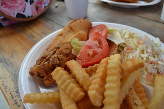 Calabash, Carolina del Norte: Flounder sandwich is excellent!