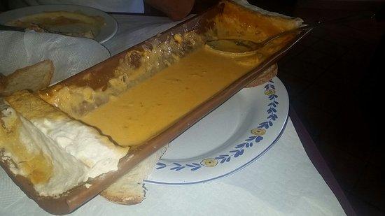 Santa Cruz Da Graciosa, Portugal: Meelhor que ver só comer.....