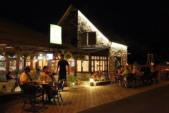 Vonyarcvashegy, Macaristan: Mesés hangulatú étterem :) Igazi gasztronómian élmény volt.