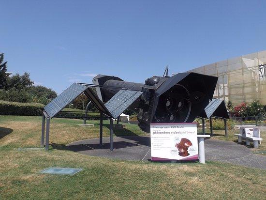 Cité de l'espace : télescope spaciale