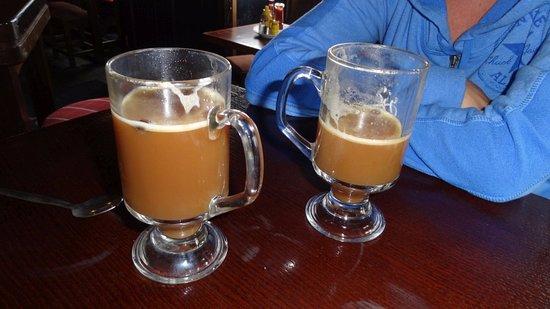 Ballyconneely, Irlanda: Irish coffee at Keoghs