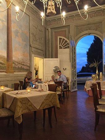 Palaia, Włochy: Sala interna