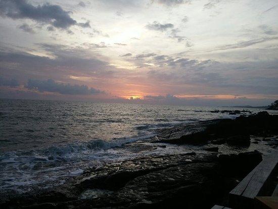 Mango Bay Resort: 20160826_181302_large.jpg