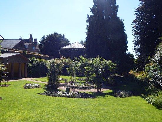 Wisbech, UK: A peaceful garden