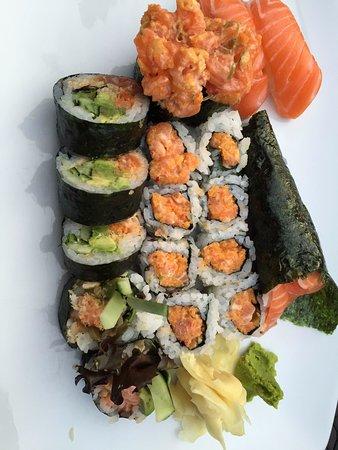 Drummondville, كندا: ensemble sushis et makis