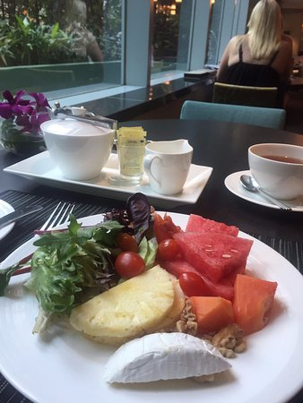 Pan Pacific Orchard: breakfast