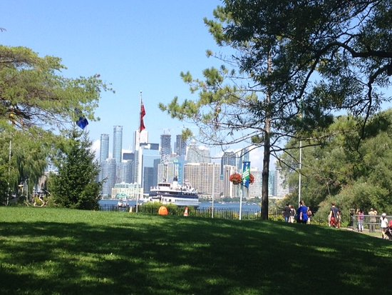 View of Toronto from the center island