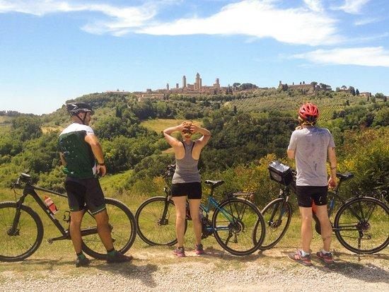 Buonconvento, İtalya: San Gimignano Bike Tour