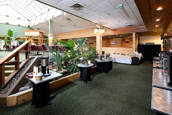 Red Lion Hotel Kalispell: Breakfast Area