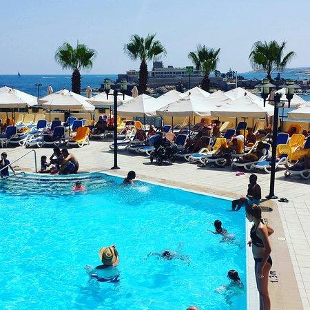 Marina Hotel Corinthia Beach Resort: IMG_20160817_124147_large.jpg