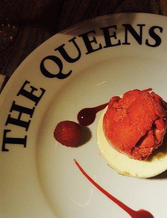 Bromsgrove, UK: Delicious cheesecake