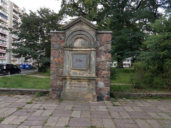 Gedenkstein fur Adolf Zehme