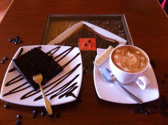Aromas Caffee.  Chivay