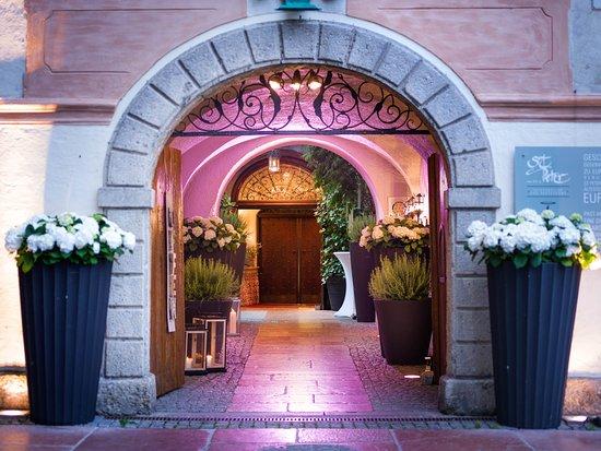 Αποτέλεσμα εικόνας για 2. Εστιατόριο, St. Peter Stiftskeller, Αυστρία