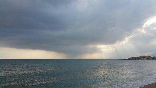 Creta Maris Beach Resort : 20160826_083017_large.jpg