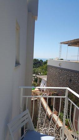 Hotel La Floridiana: Balcony (Room 25)