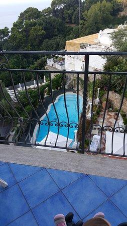 Hotel La Floridiana: Terrace from breakfast room
