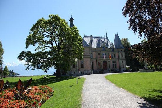 Thun, Suisse : le parque et son château
