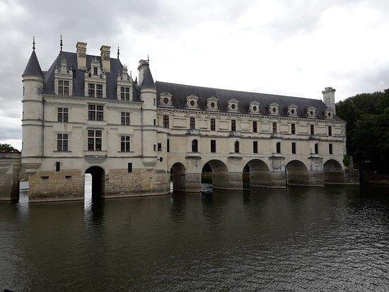 Château de Chenonceau : vista sobre el río.