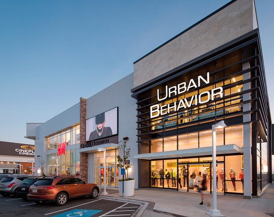 Abbotsford, Canada : The Fraser Valley's premiere shopping, dining and VIP theatre destination. Located at 3122