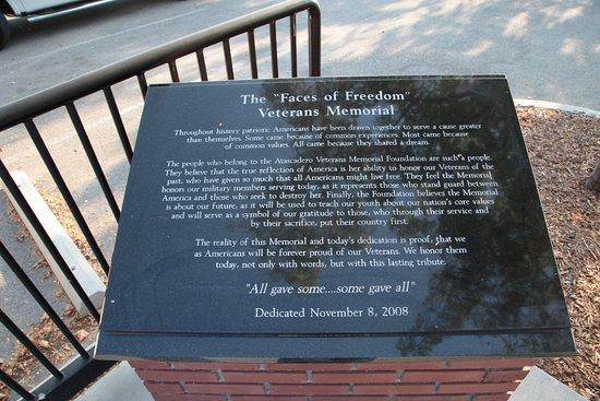 Atascadero Lake Park Veterans Memorial 1