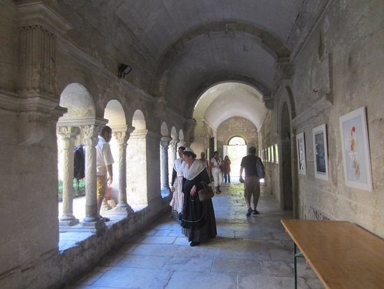 Saint-Remy-de-Provence, France: Pathway to hospital