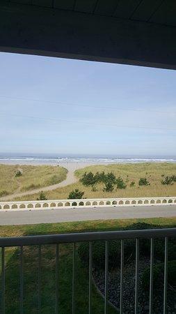 Hi-Tide Oceanfront Inn Picture