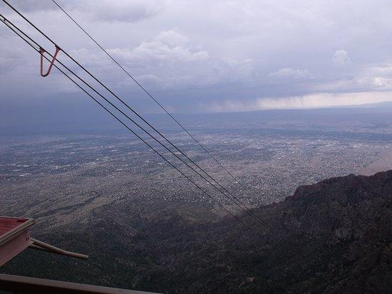 Sandia Peak Tramway: Big view.