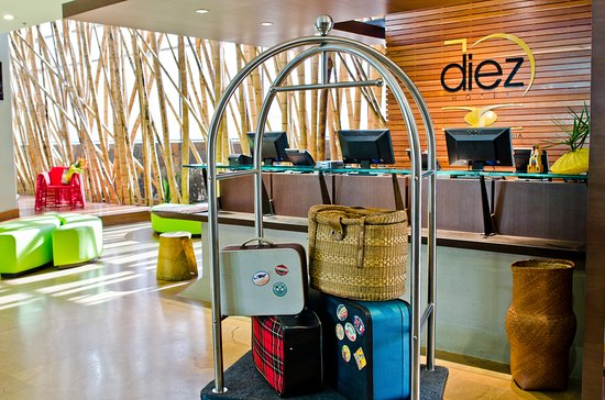 Diez Hotel Categoria Colombia: Lobby