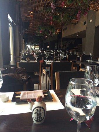 Rakkan Bar Lounge Restaurant Foto