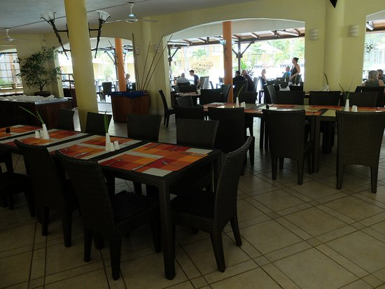 Tarisa Resort & Spa: Dining/breakast room