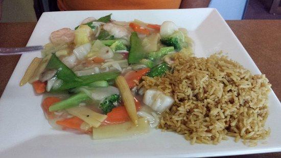 Rockford, MI: seafood and vegetable dinner