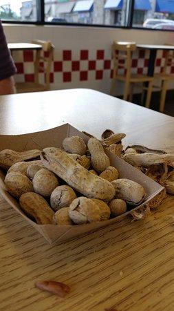 กรีร์, เซาท์แคโรไลนา: Roasted peanuts