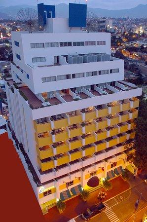 Hotel Plaza San Martin: Fachada Hotel Plaza San Martín
