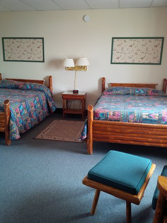 Manitowaning, Canadá: 2 double beds