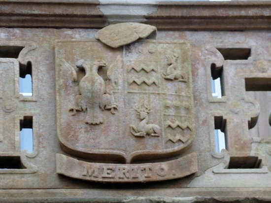 Merito and the Dunlop Coat of Arms