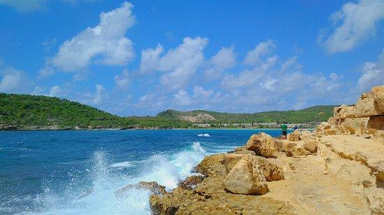 Saint Phillip Parish, Antigua: Rocks